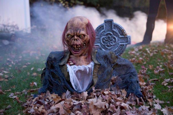 halloween gruesome graveyard