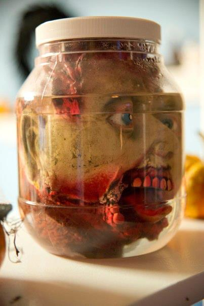 halloween head in a jar