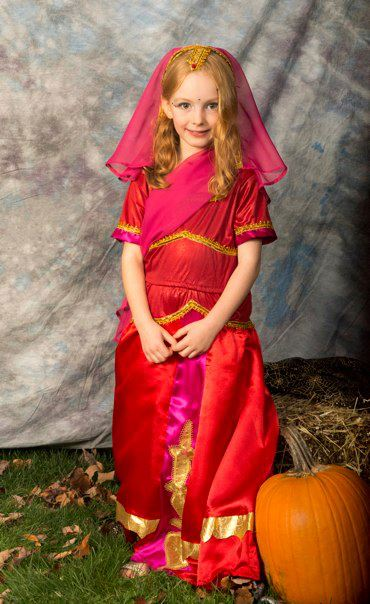 halloween indian girl