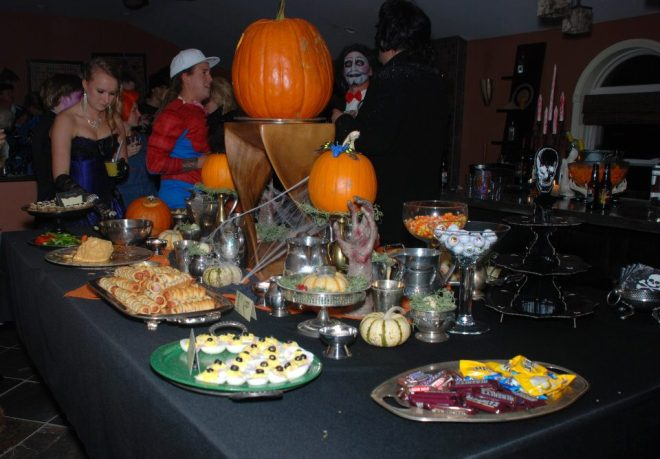halloween table setting with food