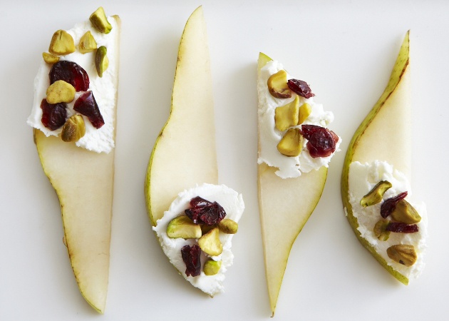 pears with pistachios and cranberries