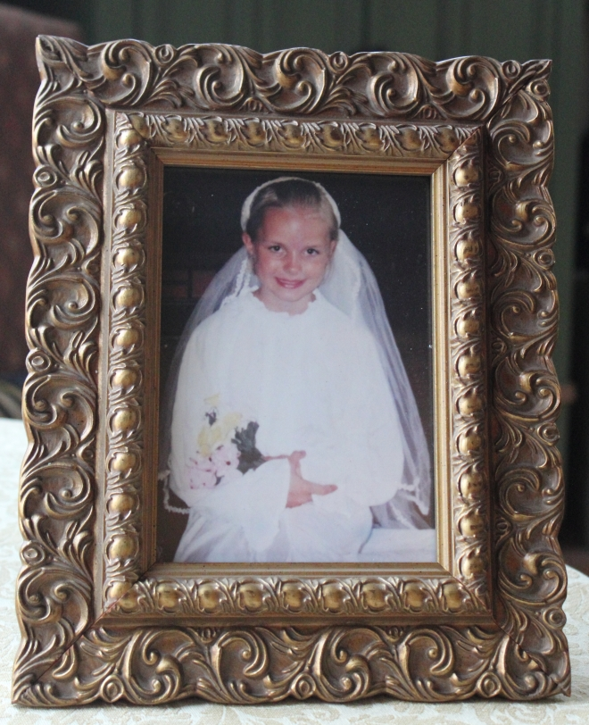 britt bride in frame 001