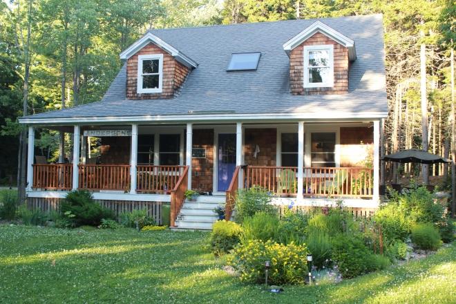 Summer Peaks Island Anderson House
