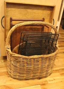 Summer Peaks Island Basket full of trays and cooling racks