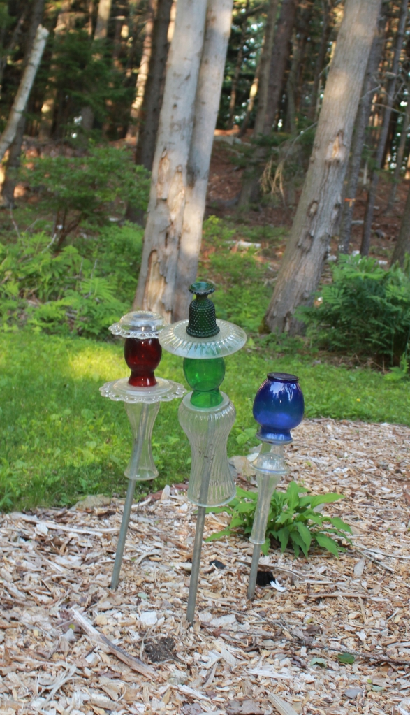 Summer Peaks Island Glassware in garden