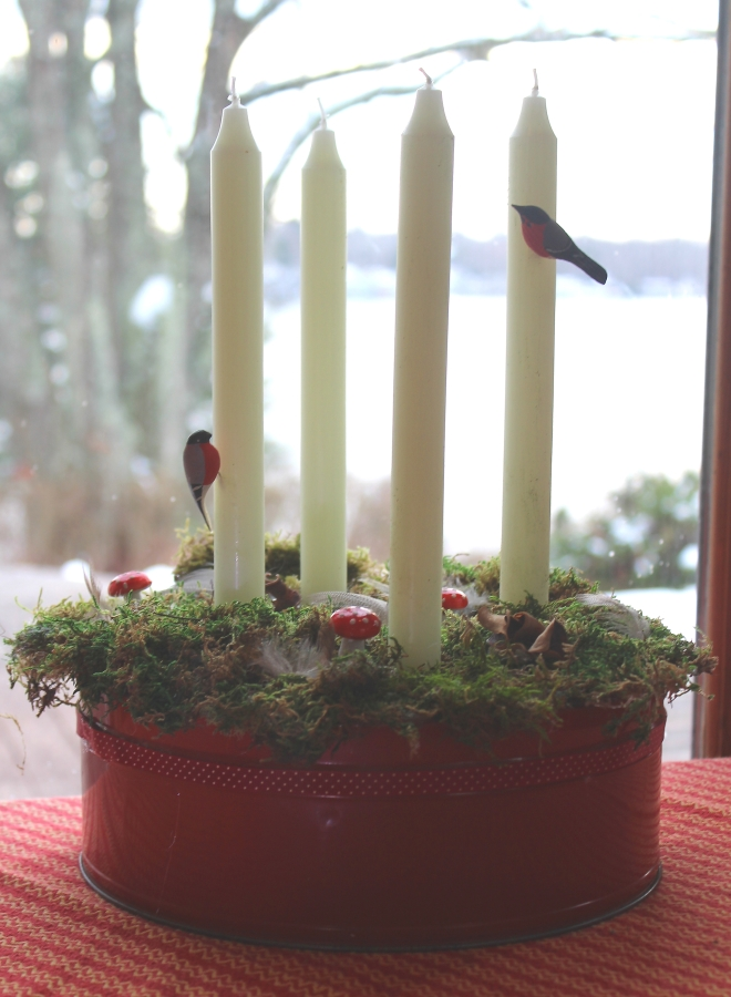 Advent wreath Swedish Style -  unlit candles